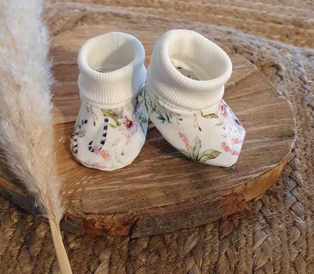 handgemaakte babyslofjes