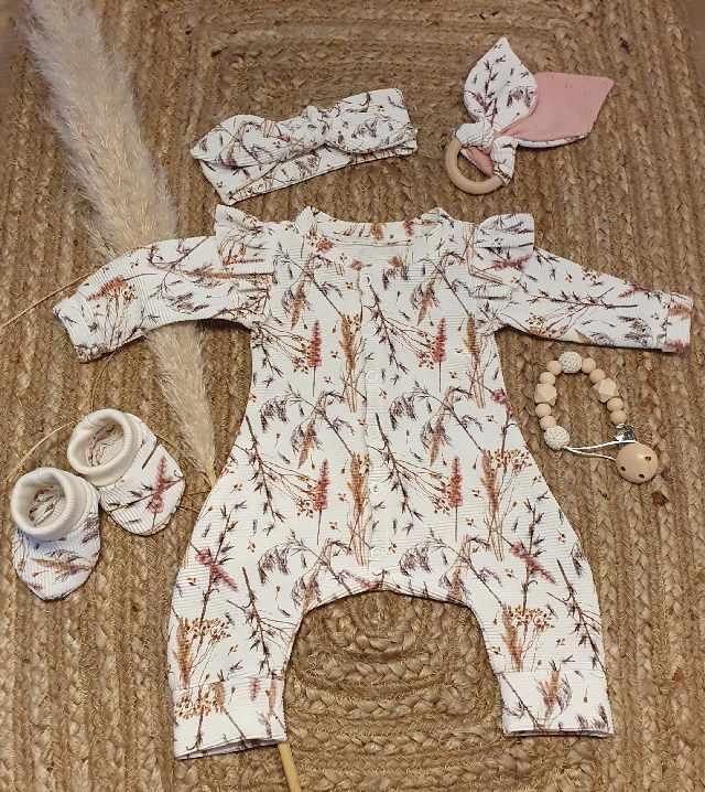 handgemaakte babykleertjes